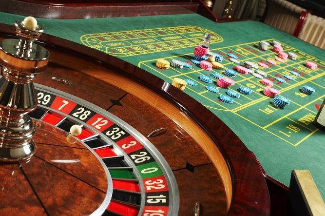 jak sie gra w kasynie